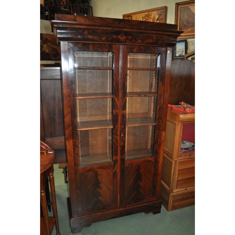 petite biblioth que vitrine 2 portes louis philippe en acajou de cuba. Black Bedroom Furniture Sets. Home Design Ideas