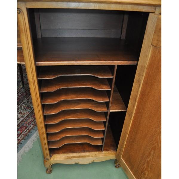 Petit meuble ancien de rangement musique en chene for Petit meuble 1 porte