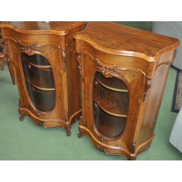 paire de petits meubles dappui en noyer dpoque napolon iii