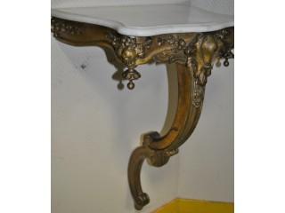 Petite console murale ancienne en bois doré style L XV