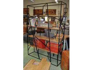 Bibliothèque étagères d'atelier fer et bois